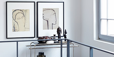 Trend for wall design: line drawings