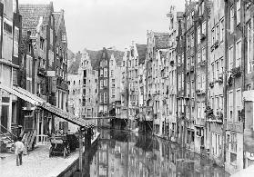 Achterburgwal, Amsterdam, early 20th century (b/w photo)