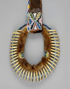 Bear claw necklace, Mesquakie