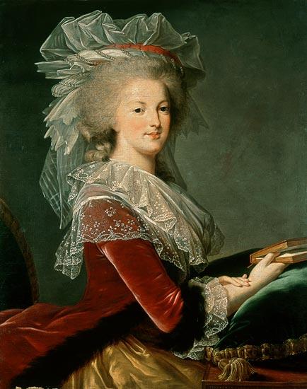 Portrait de la Reine au livre en robe rouge 1008539