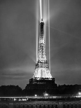 World fair in Paris: illumination of the Eiffel Tower by night